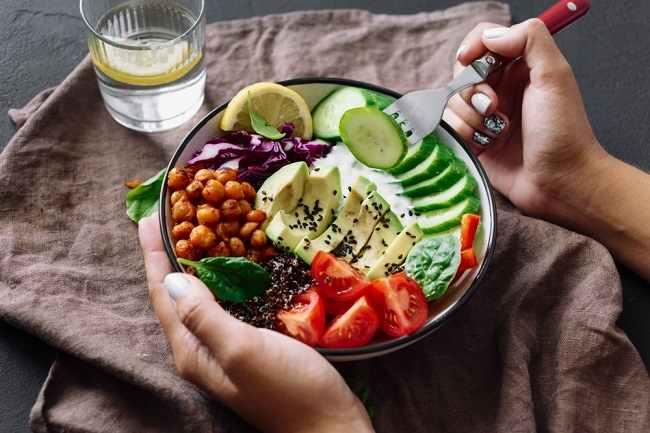 Kenali Perbedaan Vegan dan Vegetarian - Alodokter