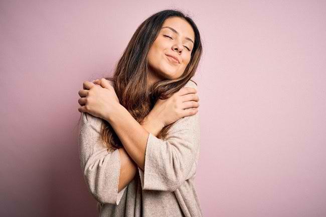 Pentingnya Self-Love dan Cara Menerapkannya - Alodokter