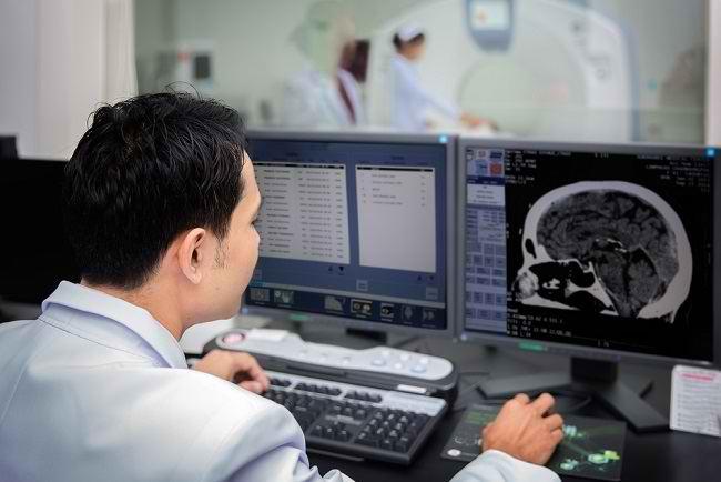 Mengenal Profesi Dokter Spesialis Radiologi - Alodokter