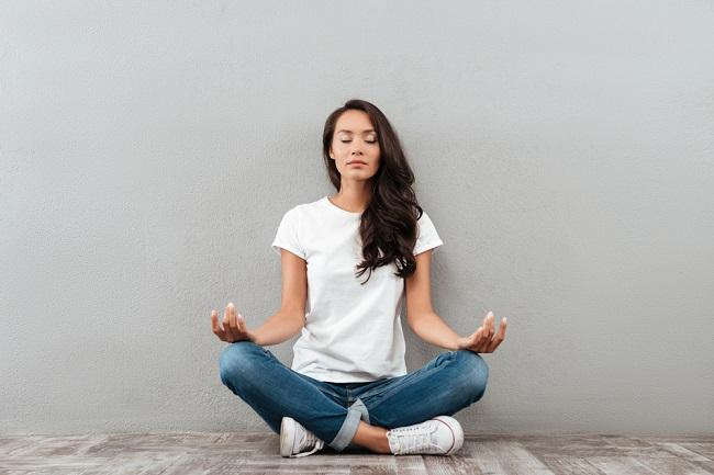 Ini Waktu Terbaik untuk Melakukan Meditasi - Alodokter
