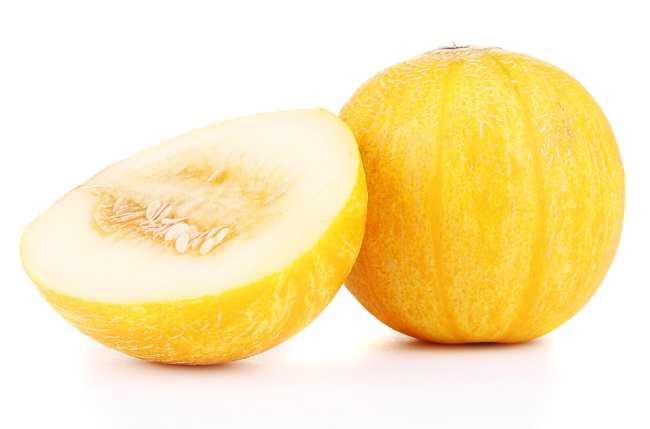 6 Manfaat Buah Blewah, dari Mencegah Dehidrasi hingga Menjaga Kesehatan Kulit - Alodokter