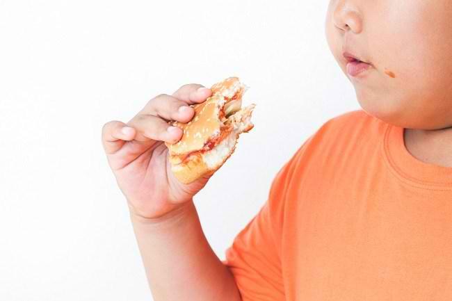 Mengetahui Penyebab Anak Obesitas dan Cara Mengatasinya - Alodokter