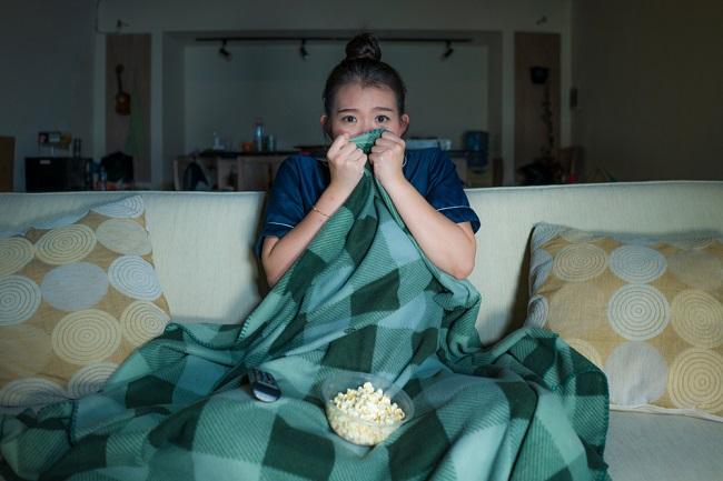 Film Horor Dapat Memengaruhi Kesehatan Mental, Benarkah? - Alodokter