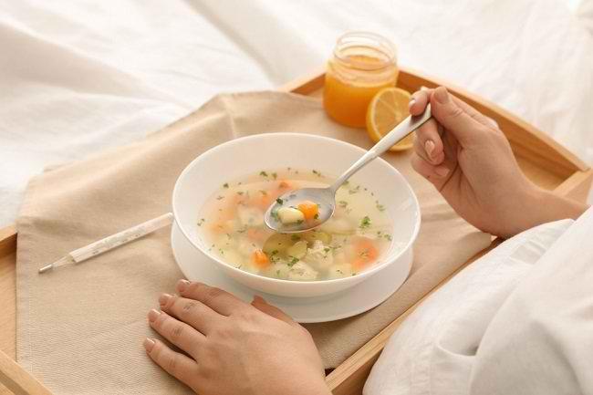 Kenali Beragam Makanan untuk Meredakan Flu - Alodokter