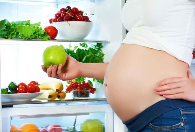 Ragam Vitamin Ibu Menyusui agar ASI Lancar dan Berkualitas - Alodokter