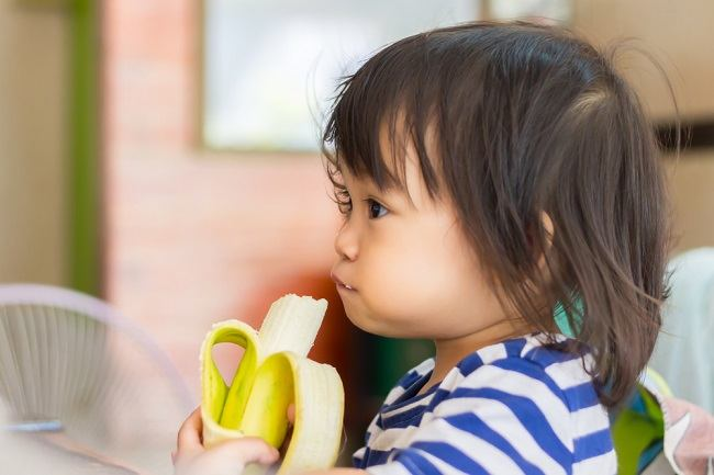 5 Manfaat Pisang untuk Kesehatan Anak - Alodokter