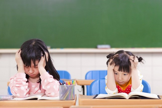 6 Hal Ini Membuat Anak Stres, Bagaimana Mengatasinya? - Alodokter