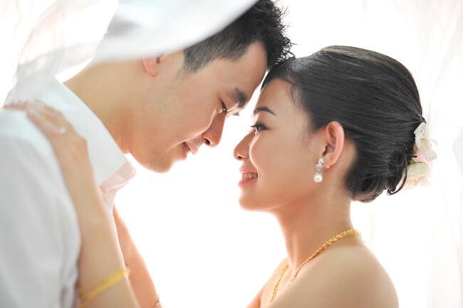 Alasan 2 Tahun Pertama Pernikahan Sangat Penting untuk Masa Depan - Alodokter