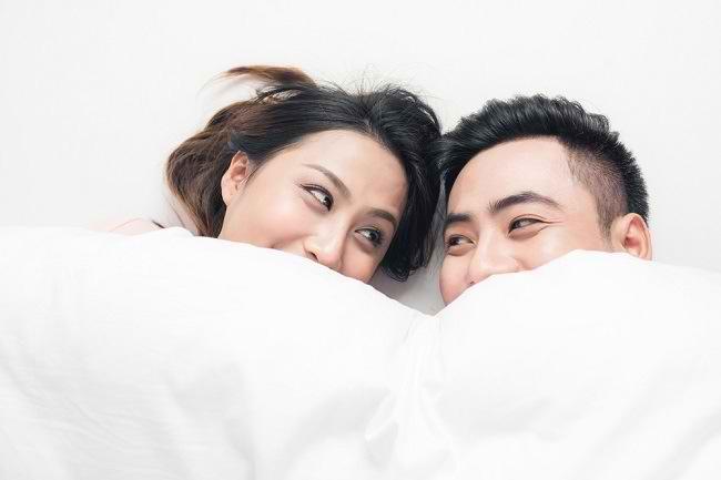 Fingering dengan Pasangan, Mungkinkah Sebabkan Kehamilan? - Alodokter