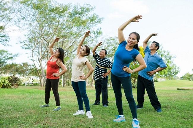 Senam SKJ, Olahraga Penuh Manfaat yang Seru dan Menyenangkan - Alodokter