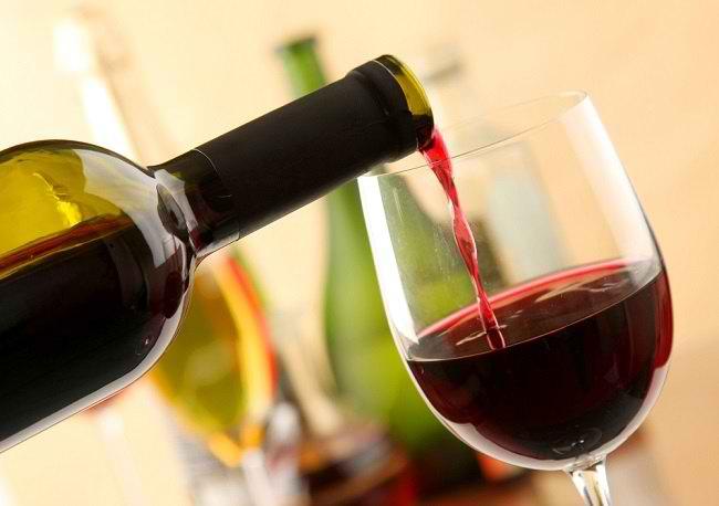 Ragam Manfaat Wine dan Risikonya bagi Kesehatan - Alodokter