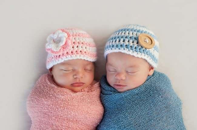 Ini Alasan Hamil dan Memiliki Bayi Kembar Menyenangkan - Alodokter