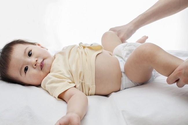 Normalkah Jika Bayi ASI Jarang BAB? - Alodokter