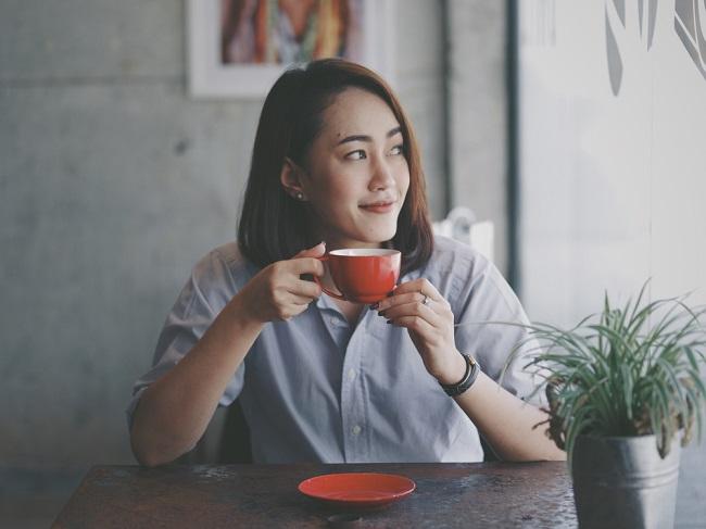 4 Mitos Kepribadian Introvert yang Keliru - Alodokter