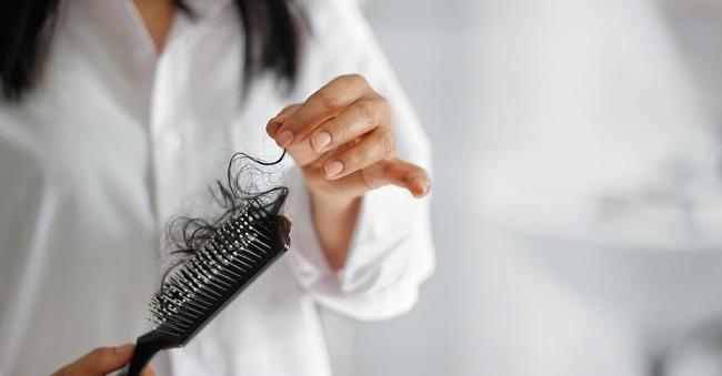 Tips Mengatasi Rambut Rontok Setelah Melahirkan - Alodokter