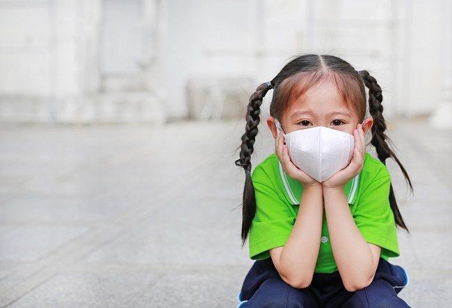Bahaya Polusi Udara pada Anak dan Cara Mengatasinya - Alodokter
