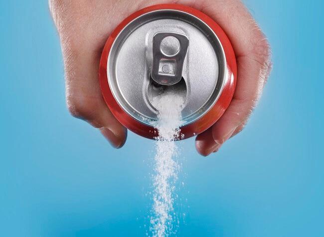 Alasan Soda Diet Tidak Lebih Sehat daripada Soda Biasa - Alodokter