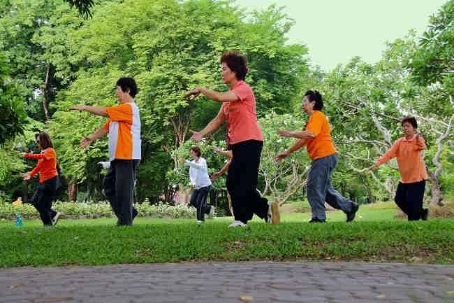 Senam Diabetes dan Latihan Pendukung Lainnya - Alodokter