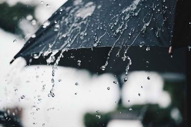 Ketahui Dampak Hujan Asam untuk Kesehatan - Alodokter