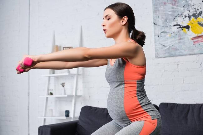 4 Manfaat Squat Saat Hamil dan Cara Melakukannya - Alodokter
