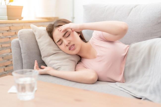 Penyebab Sakit Kepala di Akhir Haid dan Cara Mengatasinya - Alodokter