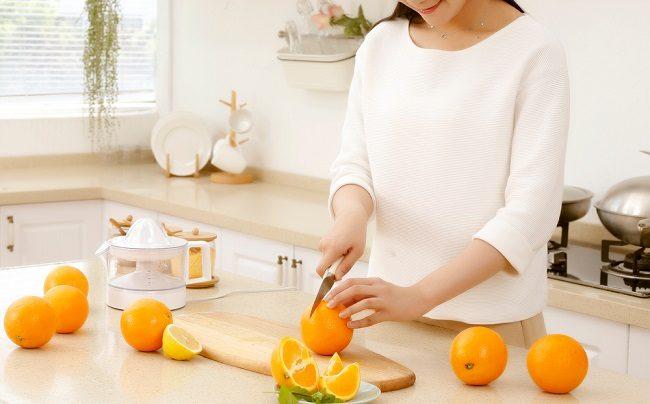 5 Manfaat Vitamin C bagi Ibu Menyusui - Alodokter