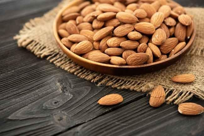 6 Manfaat Kacang Almond bagi Kesehatan - Alodokter