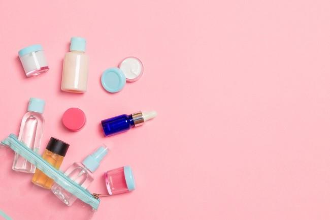 Ketahui Bahaya di Balik Make Up Share in Jar - Alodokter