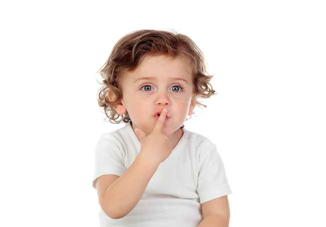 4 Cara Mudah Mengatasi Bibir Kering pada Anak - Alodokter