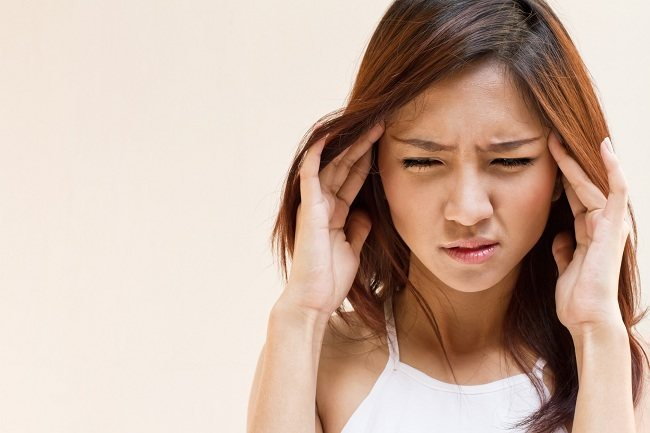 Apa Penyebab Sakit Kepala Sebelah Kanan? - Alodokter