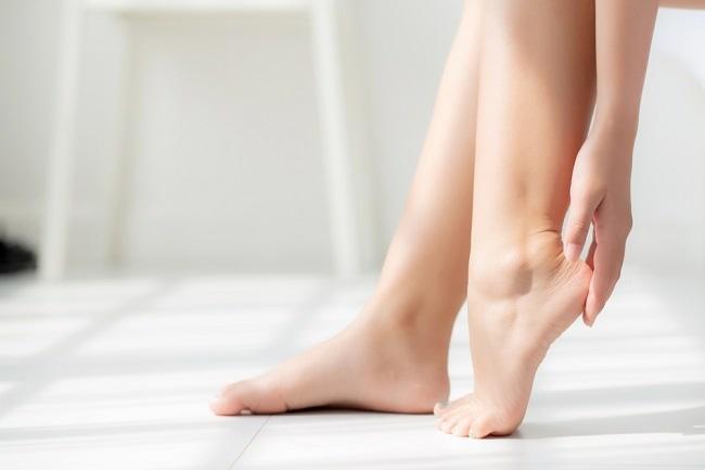 6 Cara Mudah Menjaga Kesehatan Kaki - Alodokter