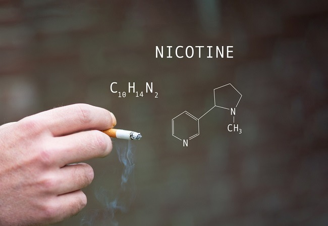 Nikotin vs Tar, Manakah yang Lebih Berbahaya? - Alodokter