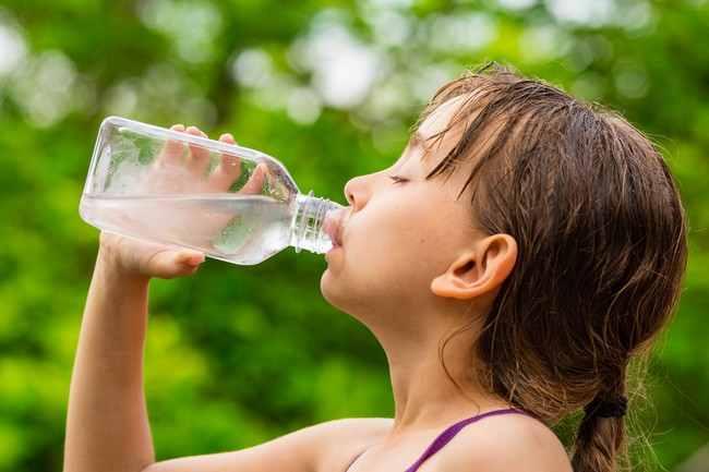 ภาวะขาดน้ำ ในเด็กกับสัญญาณเตือนที่พ่อแม่ควรระวัง