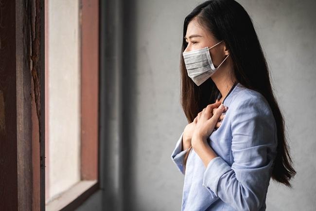 Gejala dan Perawatan COVID-19, Mulai dari Ringan hingga Kritis - Alodokter