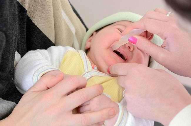 Bunda, Ketahui Manfaat Vaksin Rotavirus untuk Anak di Sini! - Alodokter
