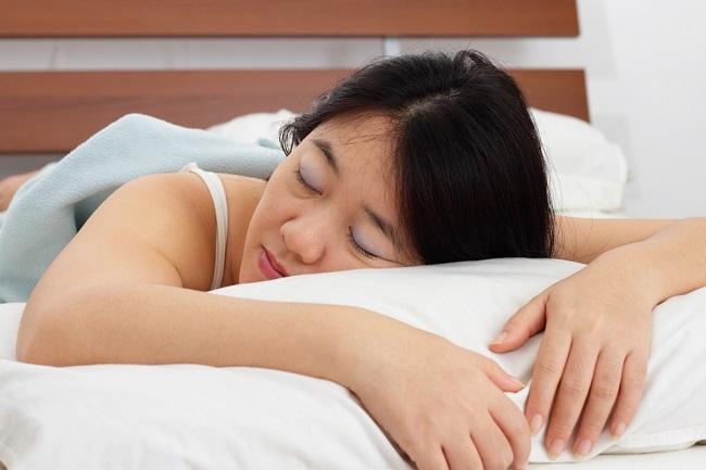 Pronasi, Posisi Tidur Tengkurap pada Penderita COVID-19 - Alodokter