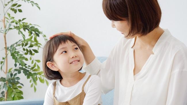 Bunda, Ketahui Manfaat Memuji Anak dan Cara Tepat Melakukannya - Alodokter