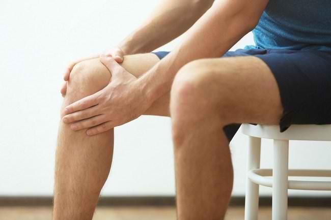 Jenis Cedera Lutut dan Langkah Penanganannya - Alodokter