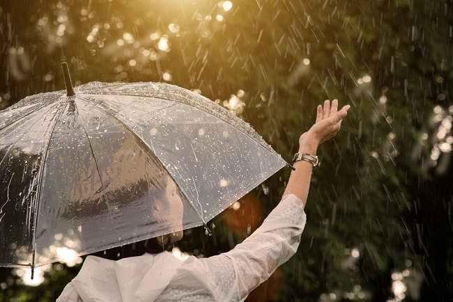 Waspadai 3 Penyakit Musim Hujan Saat Banjir dan Pencegahannya - Alodokter