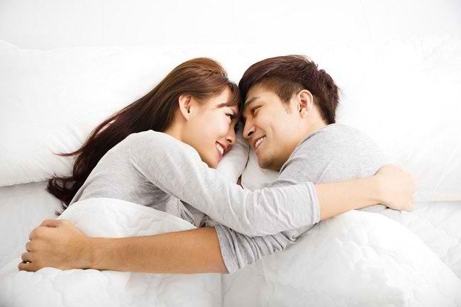 Kenali 5 Cara Mencegah Penyakit Menular Seksual - Alodokter