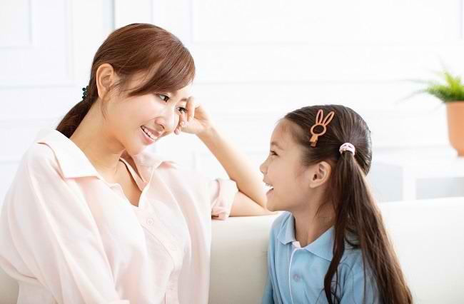 Cara Menjadi Pendengar yang Baik untuk Anak - Alodokter