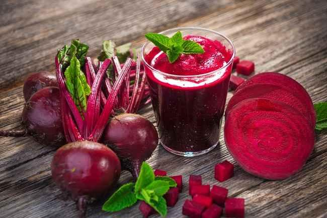 8 Manfaat Buah Bit, Si Merah dengan Segudang Nutrisi - Alodokter