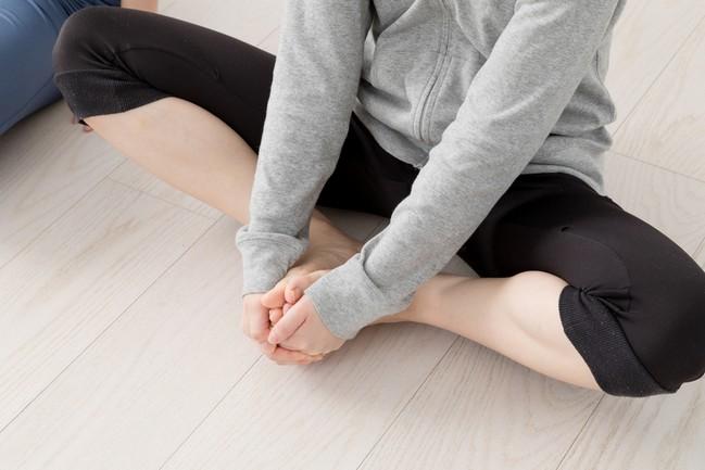 Women,Exercising,,Pelvic,Correction