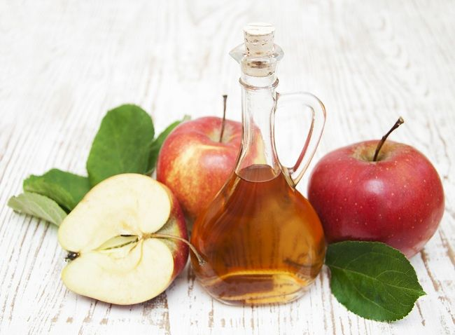 Mitos dan Fakta Mengenai Manfaat Cuka Apel - Alodokter