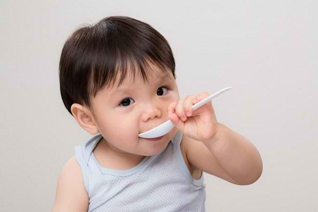 Kenali Berbagai Jenis dan Fungsi Vitamin untuk Bayi - Alodokter