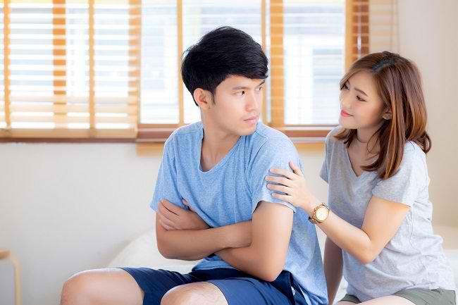 Pasangan Selalu Diam Saat Marah? Hadapi dengan Cara Ini - Alodokter