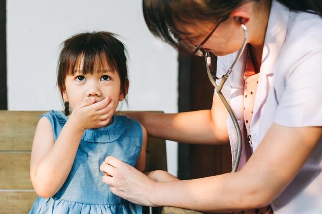 Kenali Bahaya Pneumonia pada Anak dan Cara Pencegahannya - Alodokter