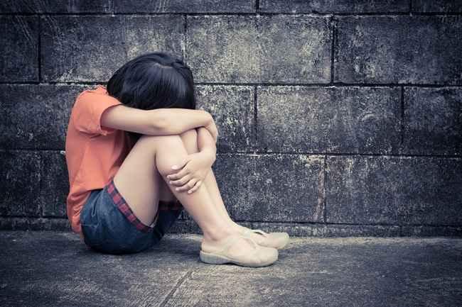 Tanda-Tanda Pelecehan Seksual pada Anak dan Cara Menyikapinya - Alodokter
