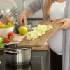 Jenis-jenis Makanan yang Dilarang untuk Ibu Hamil