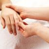 Penyebab Jari Tangan Bengkak dan Cara Mengatasinya